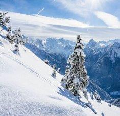 חבילות סקי בקלאב מד לז ארקס פנורמה